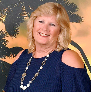 Lucinda Hanson, Travel Advisor, VTA